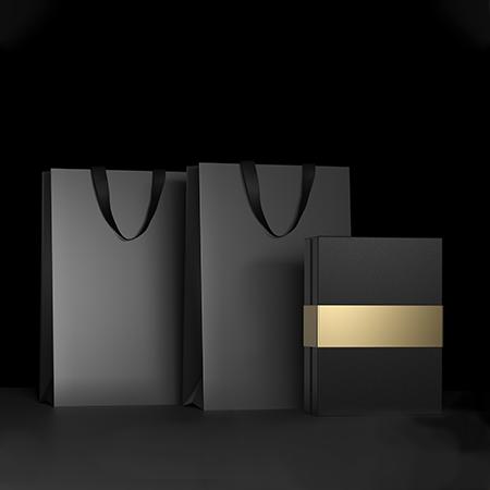 E-Ticaret Sektöründe Kraft Kutuların Verimli Dönüşümü: Lüks Karton Poşetler