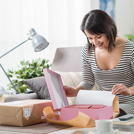 The Importance of The First Package Opening And The Right Packaging For Your E-Commerce Brand